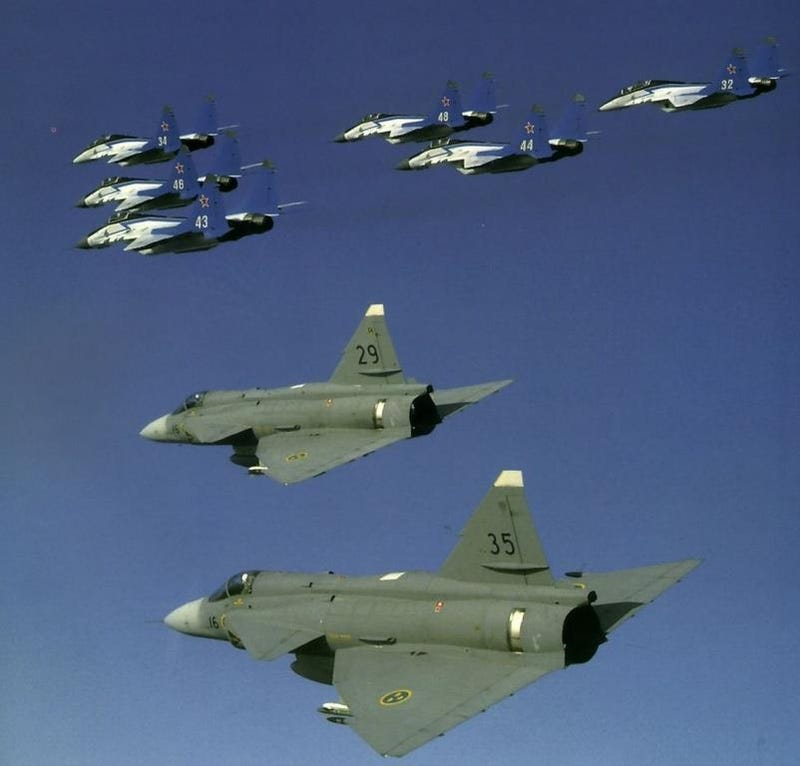 Illustration for article titled MiG_IRL