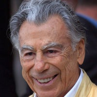 Illustration for article titled Kirk Kerkorian: Mad Money Or Just Mad?