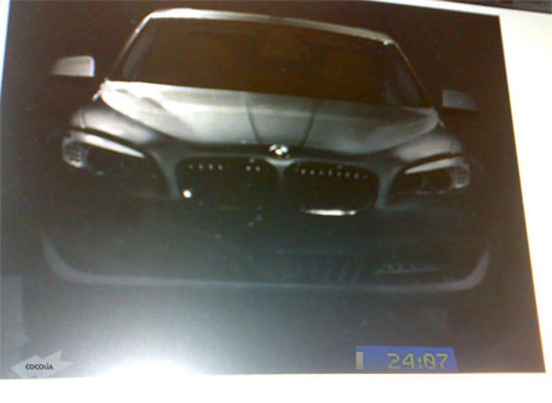 Illustration for article titled 2011 BMW F10 5-Series Brochure Scan Leak