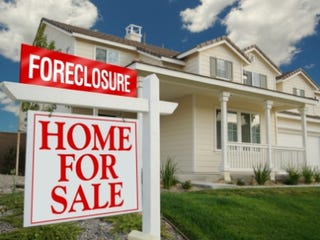 Illustration for article titled Could More Minority Bankers Have Prevented The Mortgage Crisis?
