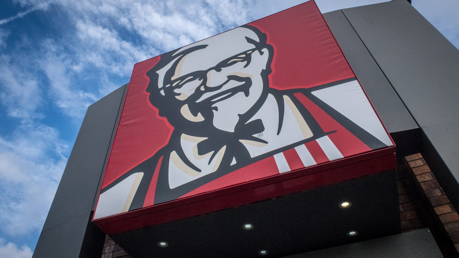 Police in Berlin Intend to Press Charges Against Black Customers who Recorded Alleged Racist Encounter at KFC