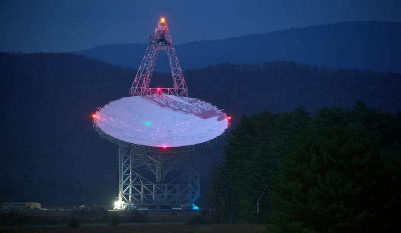 Green Bank Telescope at the National Radio Astronomy Observatory. Image: Jiuguang Wang/Flickr