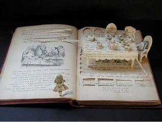 Illustration for article titled Su Blackwell Destroys Books, Creates Wonders