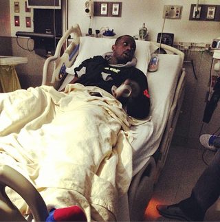 Illustration for article titled Here's Luol Deng Cheering On His Team From A Hospital Bed
