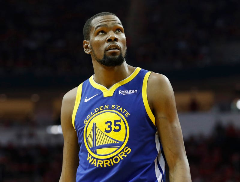Illustration for article titled Kevin Durant Announces Plans To Return For Final Game With Warriors