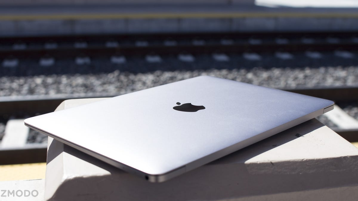 New MacBook Review: Stupidly Thin