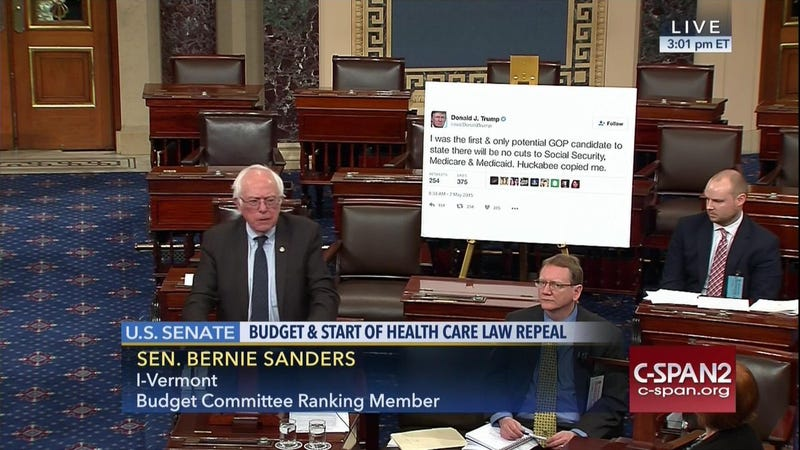 Illustration for article titled Bernie Just Printed a Gigantic Trump Tweet and Brought It to the Senate Floor