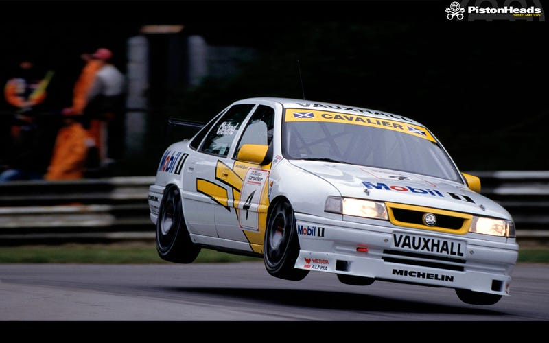 Illustration for article titled Wheel options in 90's BTCC style