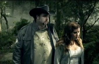 Illustration for article titled Country Music Video Shamelessly Exploits Twilight Craze
