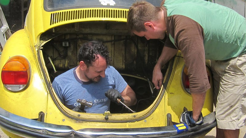 it s back in the back how to put an engine in a vintage beetle