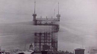 Photos from the Days When Thousands of Cables Crowded the Skies on