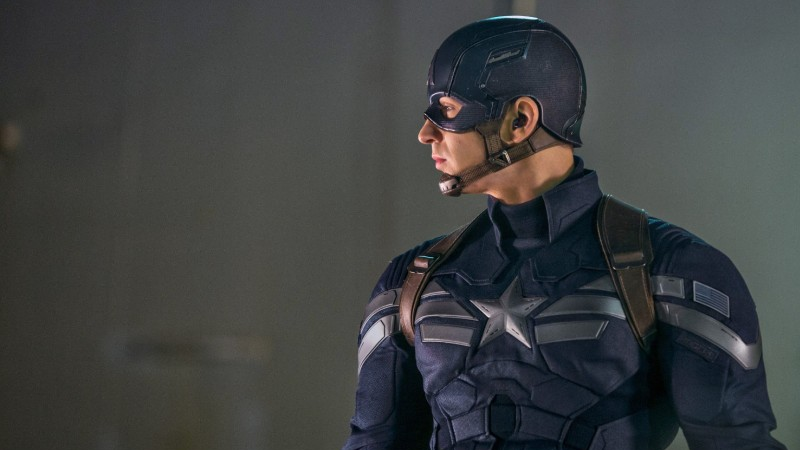 Chris Evans in Captain America: The Winter Soldier, a movie I have very specific beefs with.