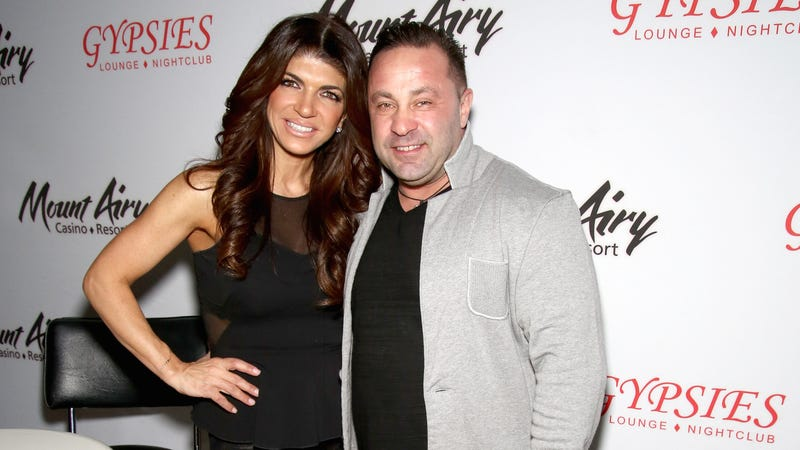 Illustration for article titled Joe Giudice Has a Very Chill Approach to Spending 41 Months In Prison
