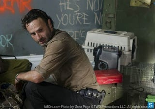 Illustration for article titled The Walking Dead Episode 3.12 Promo Photos