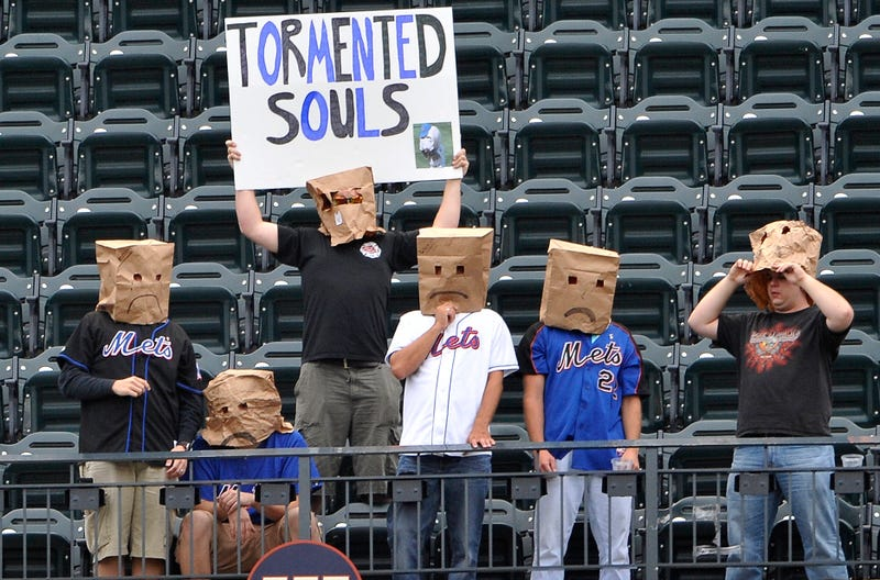 Illustration for article titled Study: Mets Fans Bad At English