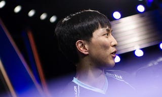 Illustration for article titled Basketball Injury Takes Out Top League Of Legends Player