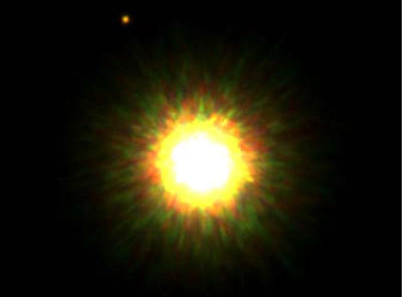 Illustration for article titled Mystery object orbiting distant star baffles astronomers