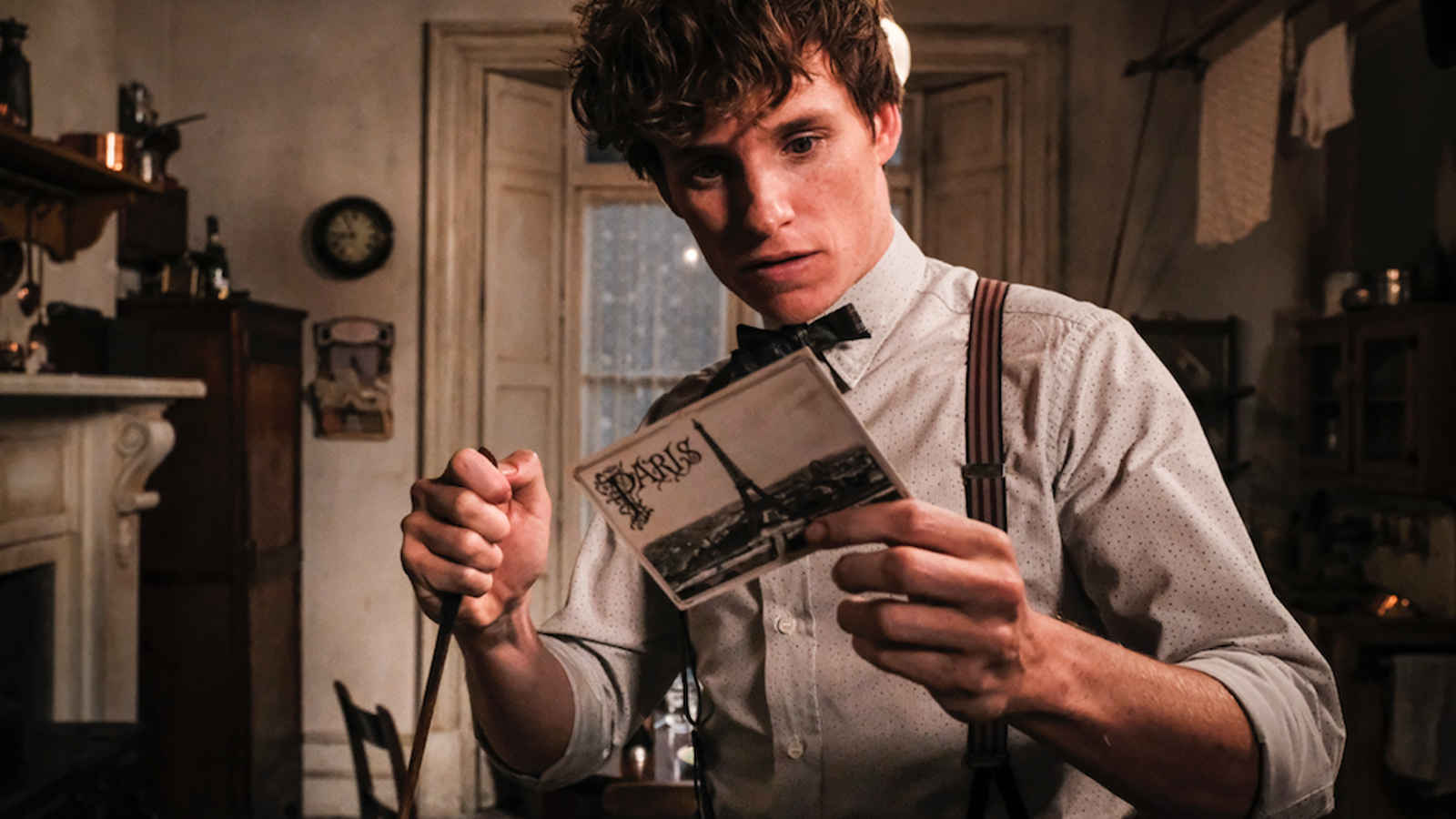 There's not much magic in the plotty, reference-heavy Fantastic Beasts sequel
