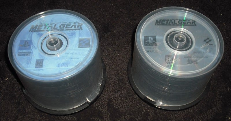 Illustration for article titled 120 Metal Gear Solid Discs, But With A Catch