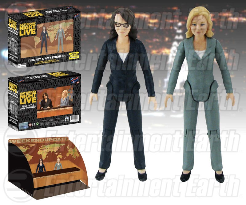 Illustration for article titled Tina Fey and Amy Poehler Weekend Update Figures Available at Comic Con