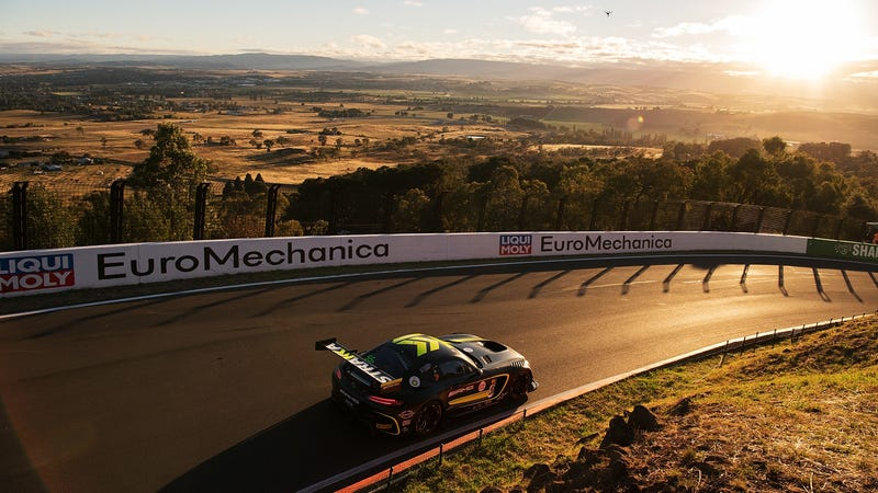 Illustration for article titled How You Can Stream Australia's Gift to the World, the Bathurst 12 Hour, in America