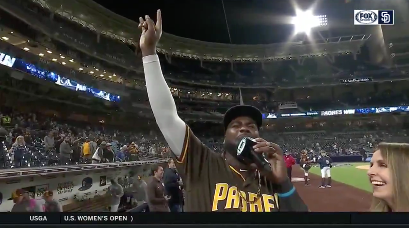 "Illustration for article titled Padres' Franmil Reyes Serenades Home Crowd With Rendition Of ""I Will Always Love You"""