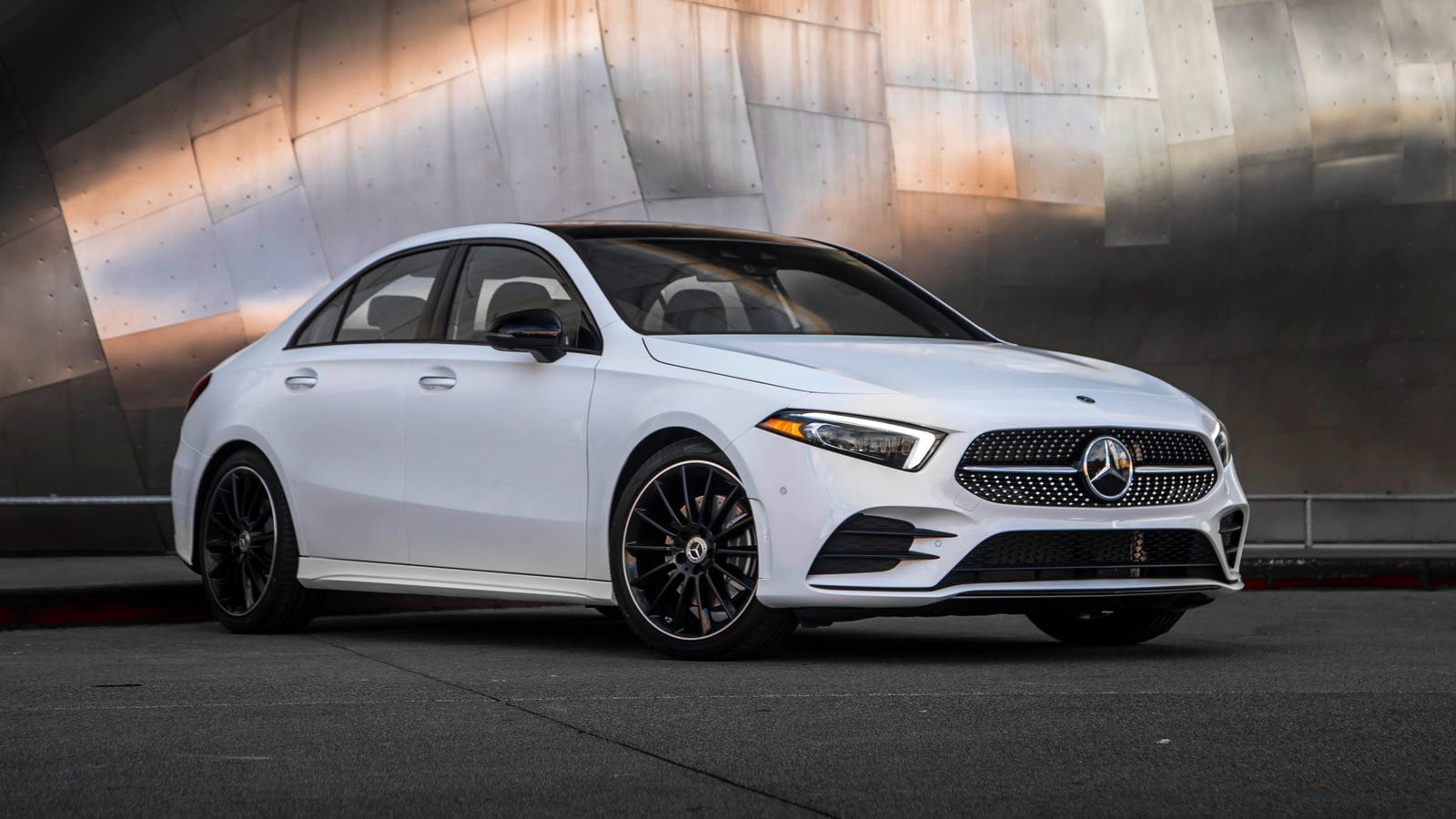 the 2019 a class becomes america s cheapest new mercedes. Black Bedroom Furniture Sets. Home Design Ideas