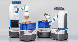 Illustration for article titled These Speedy Packing Robots Ship Your Online Purchases Faster Than Ever