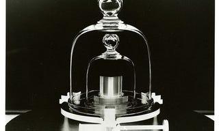 Illustration for article titled Jinxe's Podcast Favorites: Radiolab: Measuring the kilogram