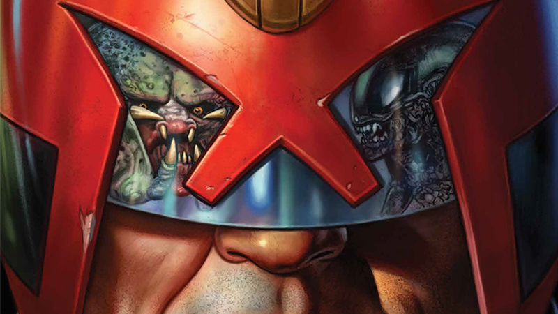 Illustration for article titled Judge Dredd Will Fight Aliens and Predators in a Crazy New Crossover Comic