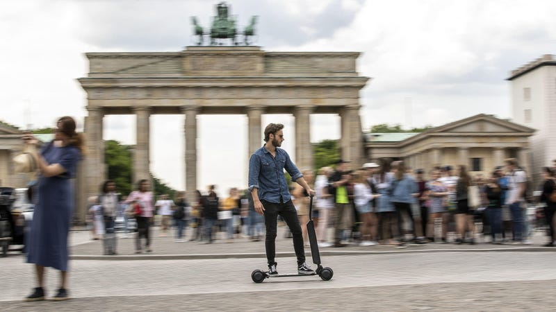 Illustration for article titled Audi Wants To Sell You An Electric Scooter You Can Charge In Your Trunk