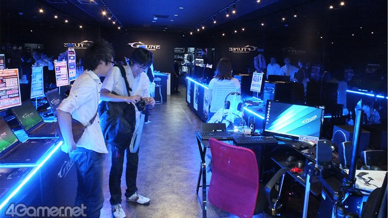 Illustration for article titled Inside a Swanky Tokyo Shop for PC Gamers