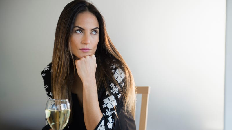 Illustration for article titled The white wine emoji story comes with a chaser of oh-no-you-didn't