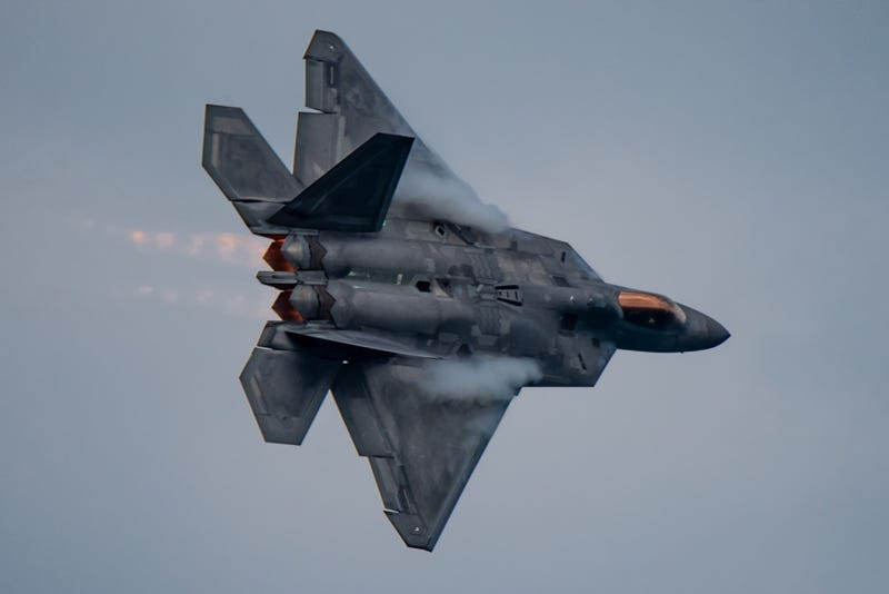 America's F-22 And F-35 Fighters Still Aren't As Ready As