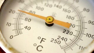 Illustration for article titled Quickly Convert Between Fahrenheit and Celsius Without a Calculator
