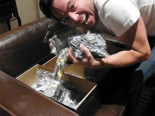 Illustration for article titled The Construction of the LEGO Millennium Falcon Part I: the Unboxing and the Licking
