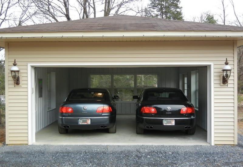 Jagvar 2017 >> My dream garage