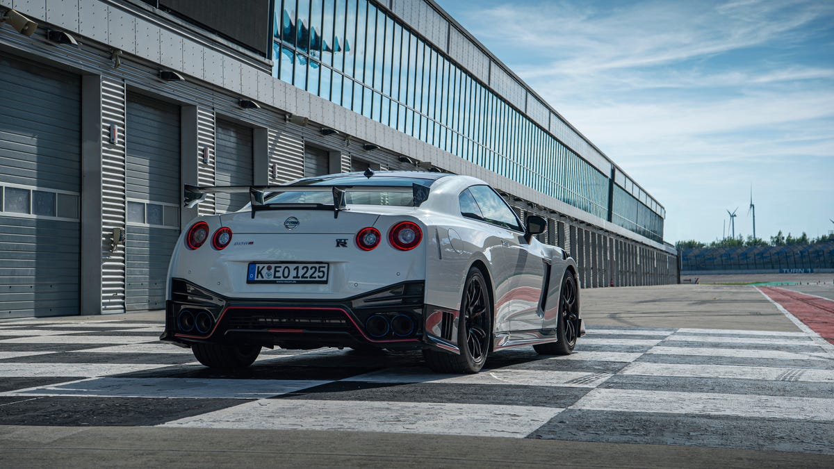 The 2020 Nissan Gt R Got Another Big Price Increase