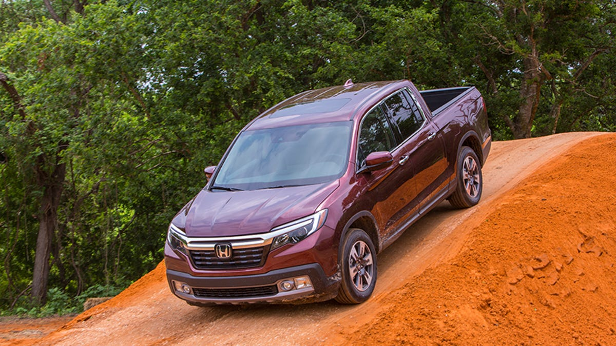 The 2017 Honda Ridgeline Is Solid But A Little Too Much Accord For Job Done Have Fun Thanks To Performance Power Its Own Good