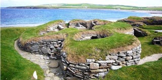 Skara Brae, Orkney Islands (Inaresort.com)