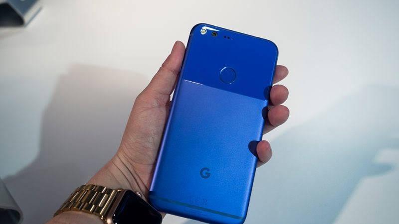 208e061a5aa El Google Pixel fue fabricado por HTC pero comercializado bajo la marca  Made by Google.