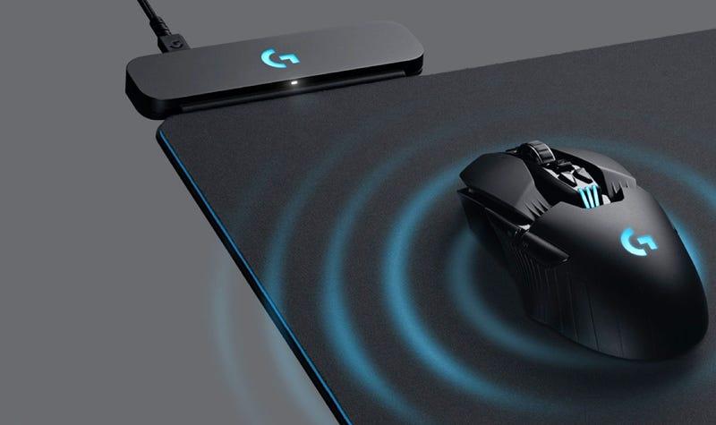 Illustration for article titled Nunca más un ratón sin batería: los nuevos ratones de Logitech se cargan sin cables a través de la alfombrilla