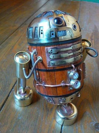 Illustration for article titled Antique R2-D2 Comes from an Era of Beer Baron Space Pirates