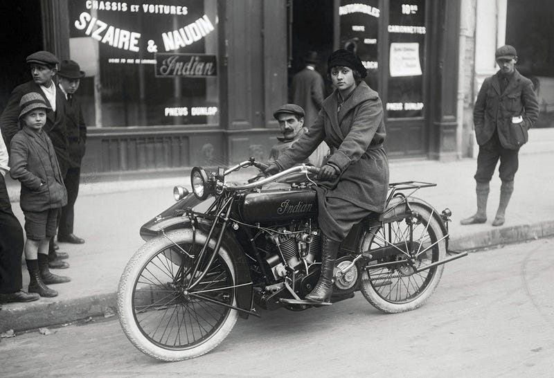 Illustration for article titled Paris, 1919