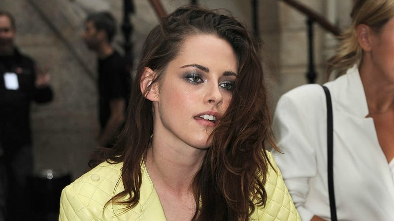 """Illustration for article titled Kristen Stewart Refers To Herself as a """"Miserable Cunt,"""" Marie Claire Responds By Insulting Her """"Grubby"""" Clothes"""