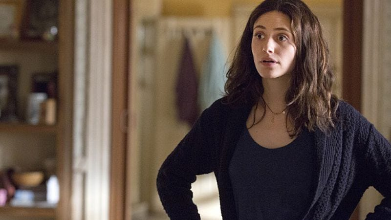 Illustration for article titled Emmy Rossum closes deal to return to Shameless