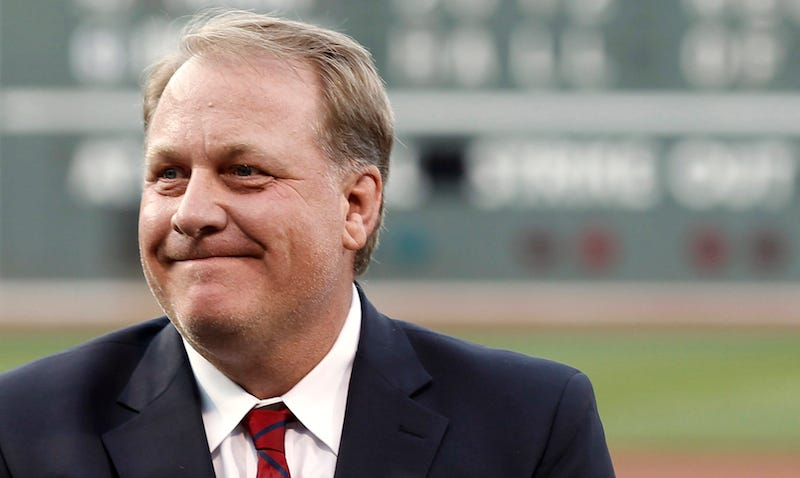 Illustration for article titled Curt Schilling Contributed To Ben Carson Campaign, Joked About Being Fired From ESPN On Donation Form