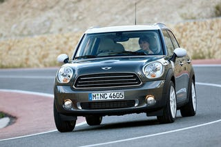 Illustration for article titled Mini Cooper Countryman: Press Photos