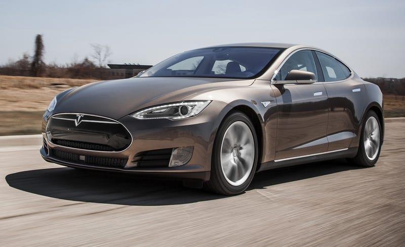 Illustration for article titled I saw 2 (!) Teslas today.