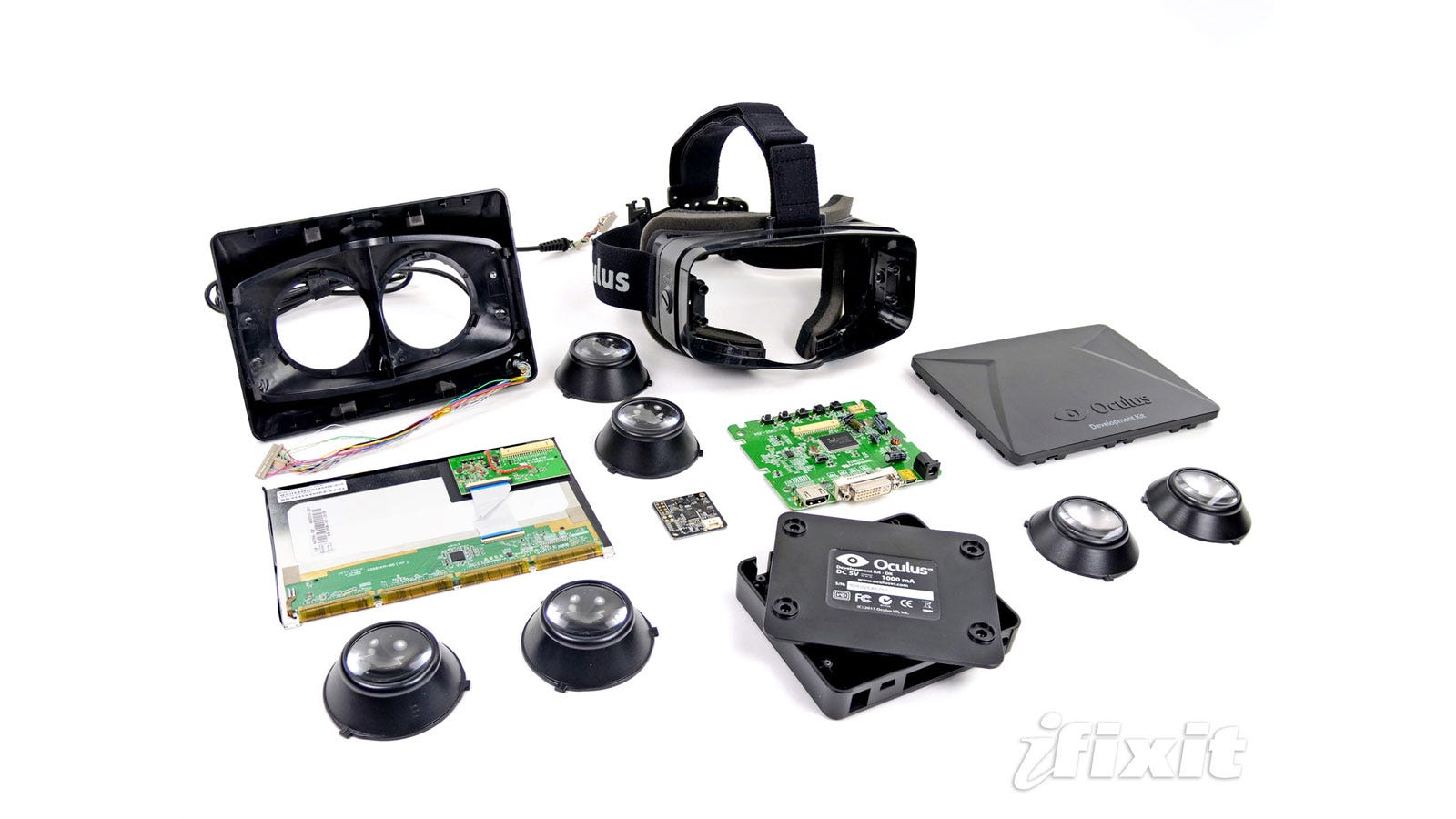 What S Inside The Oculus Rift Virtual Reality Headset
